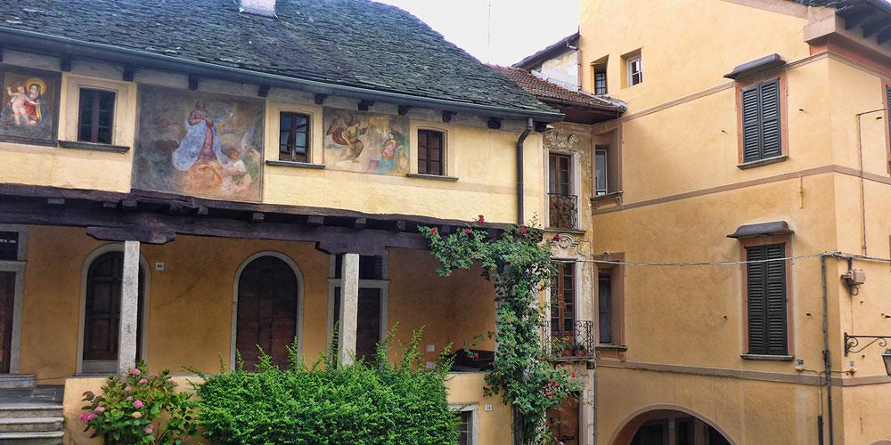 Casa dei nani orta san giulio lago d 39 orta piemonte italy for La storia dei nani da giardino